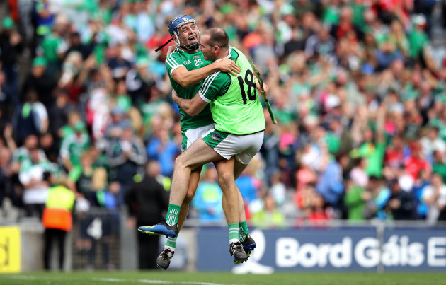 david-reidy-and-tom-condon-celebrate-at-the-final-whistle