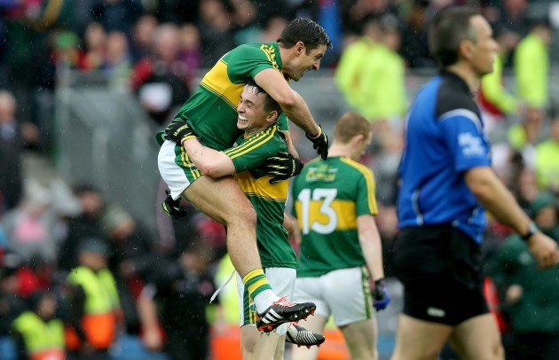 aidan-omahony-and-paul-murphy-celebrates-at-the-final-whistle