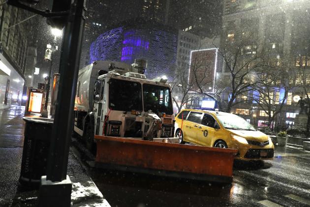 snowfall-in-new-york-us-31jan-2021