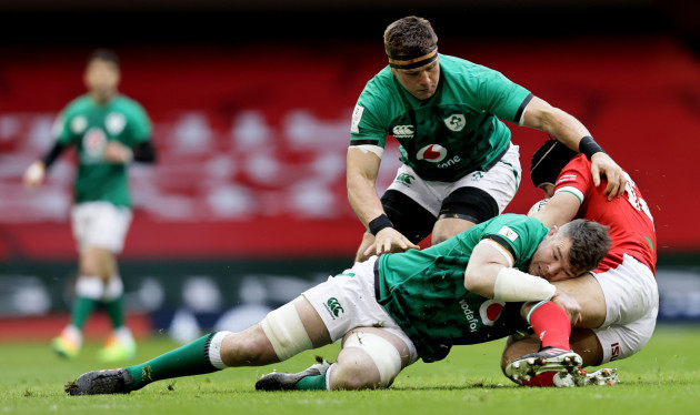 cj-stander-and-peter-omahony-tackle-leigh-halfpenny