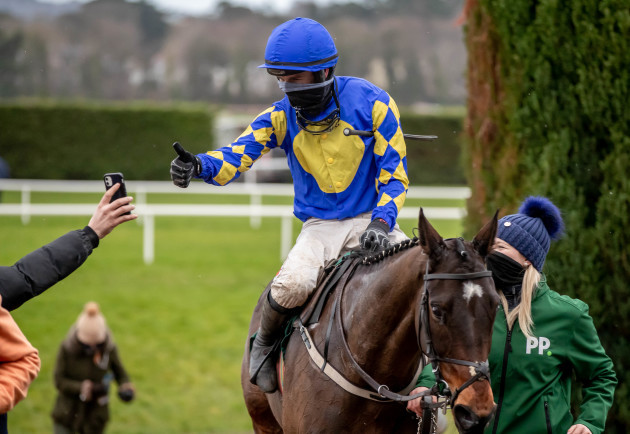danny-mullins-celebrates-winning-the-paddy-power-irish-gold-cup-on-kemboy