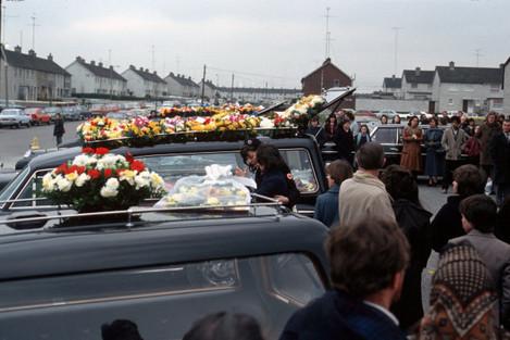 stardust-disasters-hearse-flower-scenes