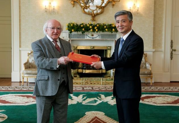 Irlanda - Dublino - Cina - Ambasciatore - accreditamento