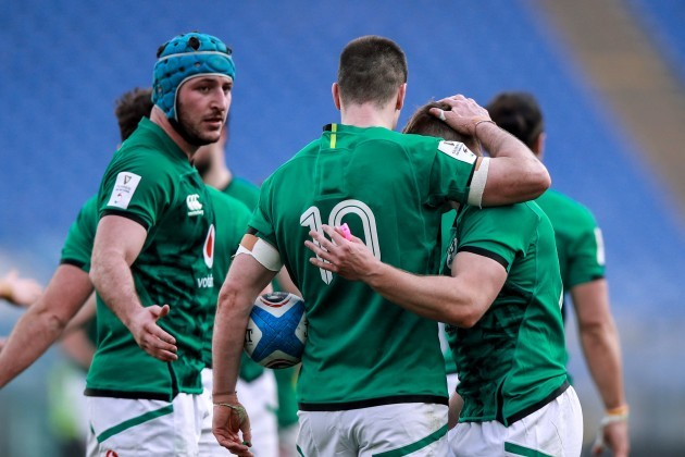 hugo-keenan-celebrates-after-scoring-a-try-with-johnny-sexton