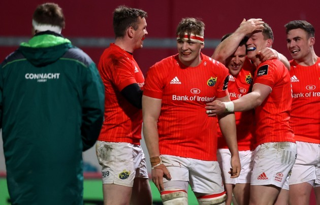chris-farrell-gavin-coombes-andrew-conway-and-shane-daly-celebrate-with-mike-haley