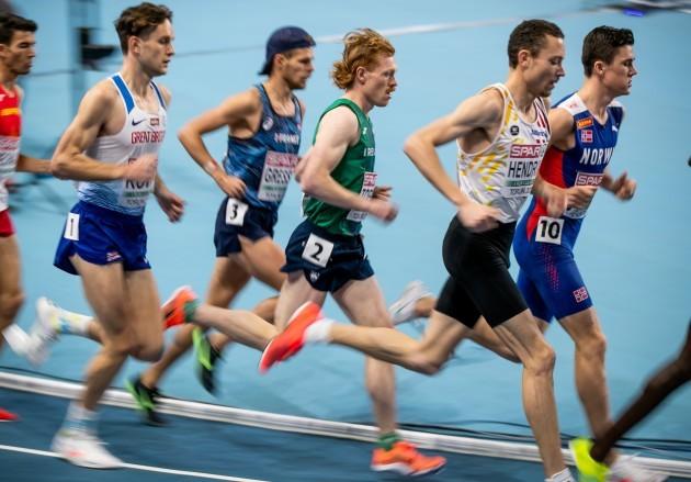 sean-tobin-running-in-the-mens-3000m-final