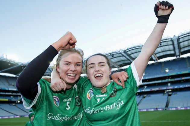 erica-leslie-celebrates-after-the-game-with-siobhan-mcgrath