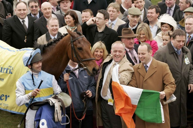 conor-odwyer-and-hardy-eustace-celebrate-with-owner-lar-byrne