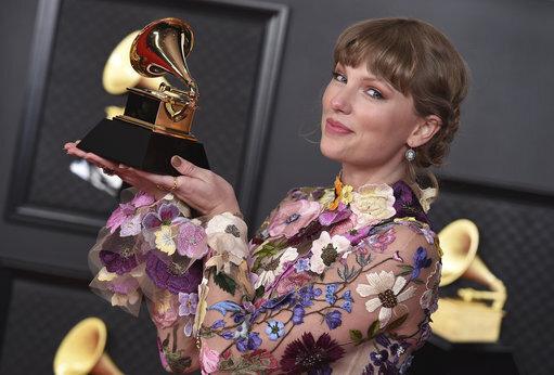 63rd-annual-grammy-awards-press-room