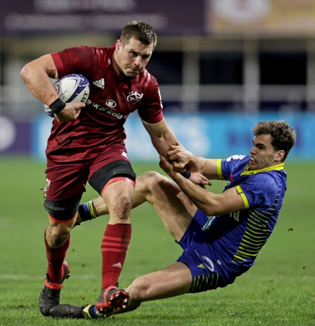 cj-stander-is-tackled-by-damian-penaud
