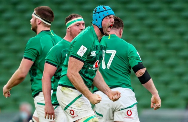 tadhg-beirne-celebrates-winning-a-penalty-at-the-scrum