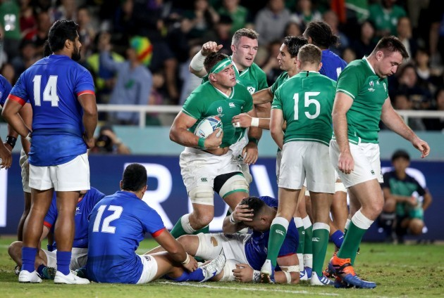 cj-stander-celebrates-after-scoring-their-sixth-try-with-peter-omahony-and-joey-carbery