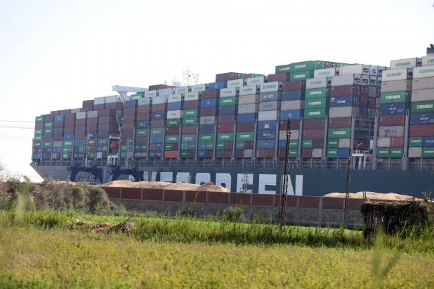 egypt-suez-canal-stuck-container-ship
