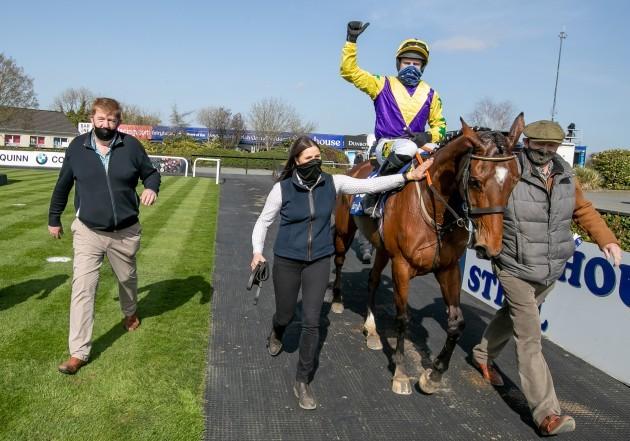 jody-mcgarvey-and-john-hanlon-celebrate-winning-the-irish-stallion-farms-ebf-mares-novice-hurdle-championship-final-with-skyace