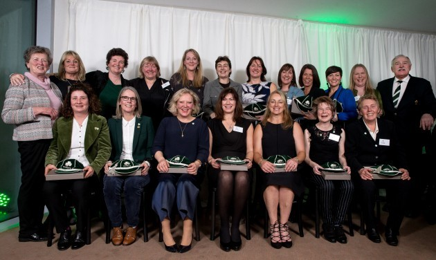 the-first-ireland-womens-rugby-squad-from-1993