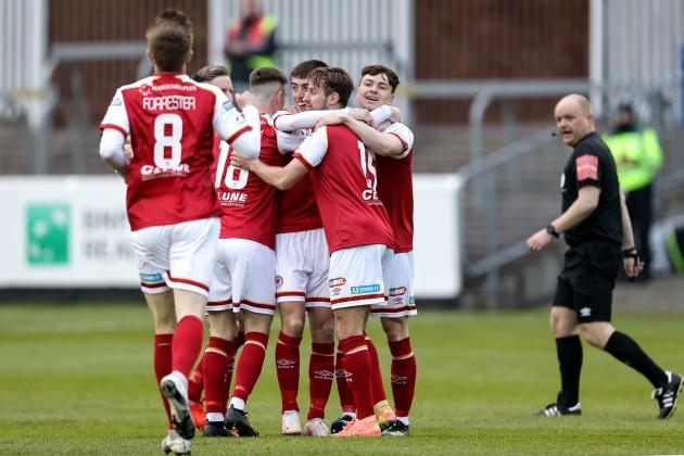 darragh-burns-celebrates-scoring-a-goal-with-teammates