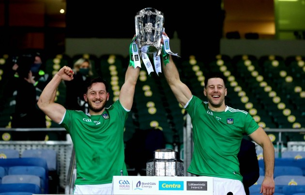 tom-morrissey-and-dan-morrissey-lift-the-liam-maccarthy-cup
