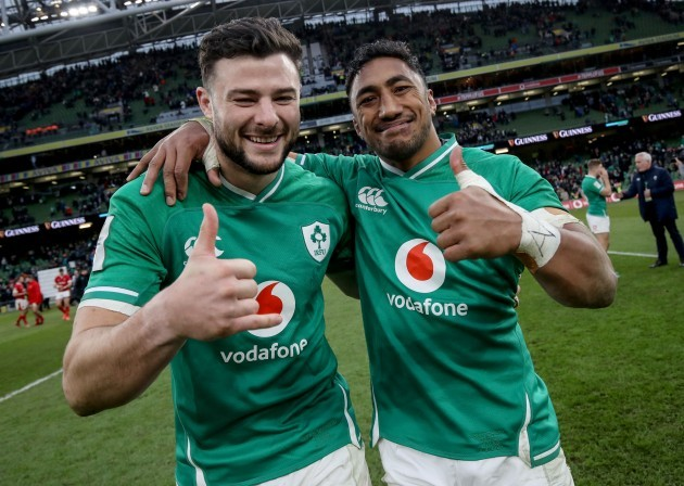 robbie-henshaw-and-bundee-aki-celebrate-after-the-game