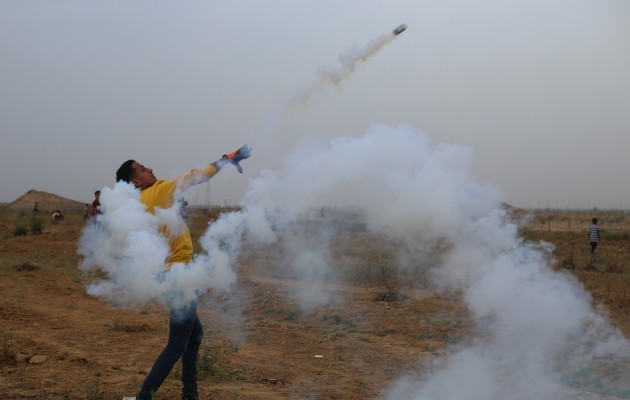 mideast-gaza-khan-younis-protest