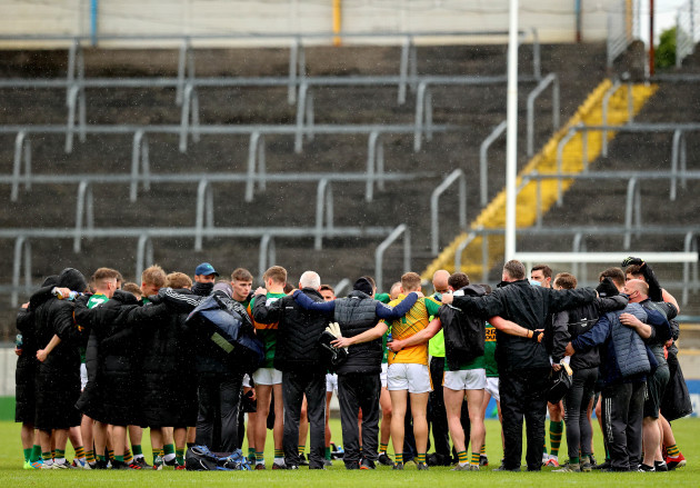 kerry-team-huddle-after-the-game