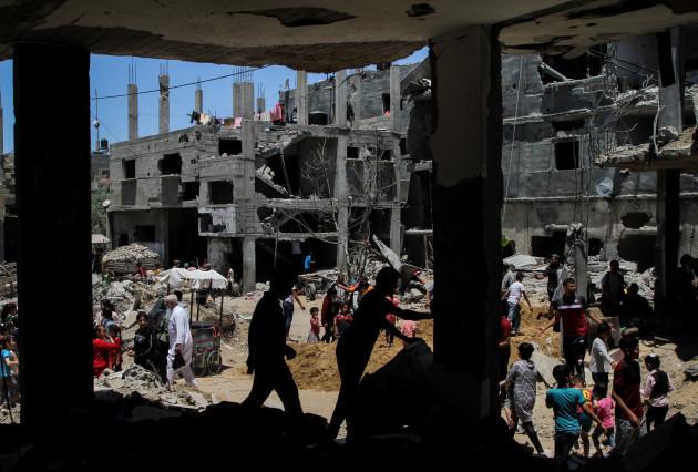 mideast-gaza-beit-hanoun-destroyed-buildings