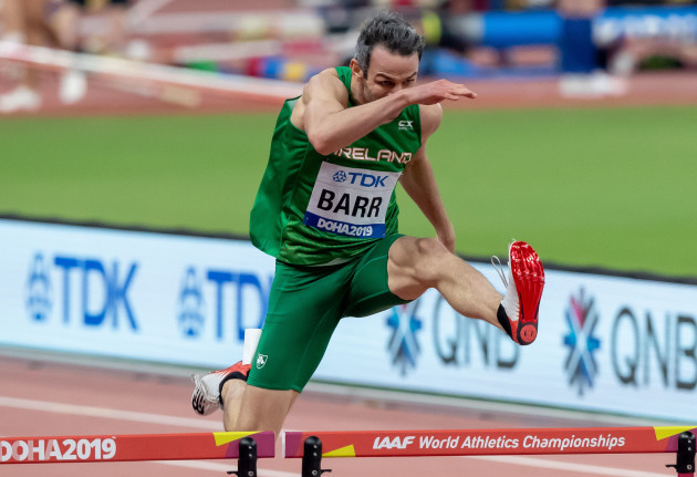 thomas-barr-running-in-the-semi-finals-of-the-mens-400m-hurdles