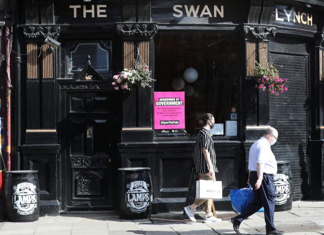 004 Swan