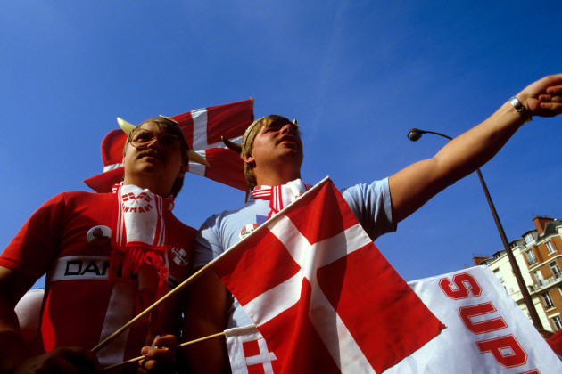 soccer-european-championships-france-1984-denmark-fans