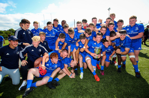 leinster-celebrate-after-the-game