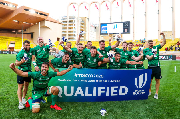 the-ireland-team-celebrate-qualifying-for-tokyo-2020