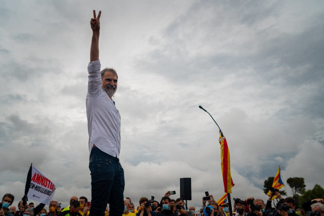 spain-catalan-pro-independence-leaders-are-freed-from-lledoners-prison-after-receiving-pardonsspain-catalan-pro-independence-leaders-are-freed-from-lledoners-prison-after-receiving-pardonsspain-cat