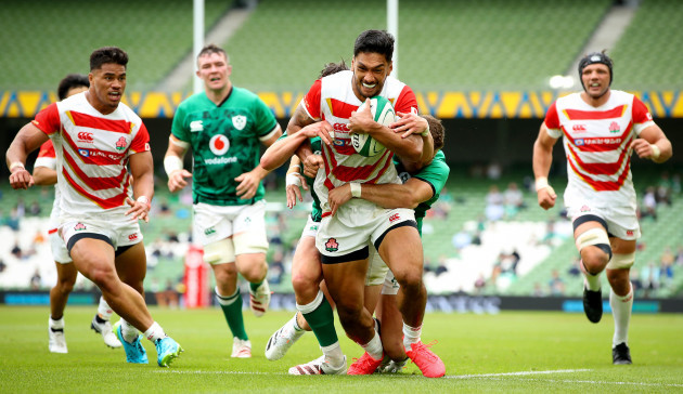 timothy-lafaele-scores-a-try