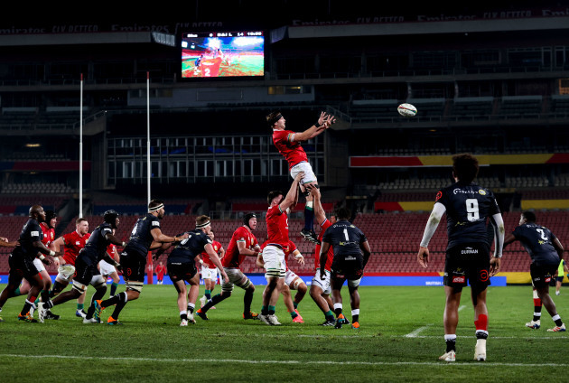 iain-henderson-goes-up-for-a-lineout