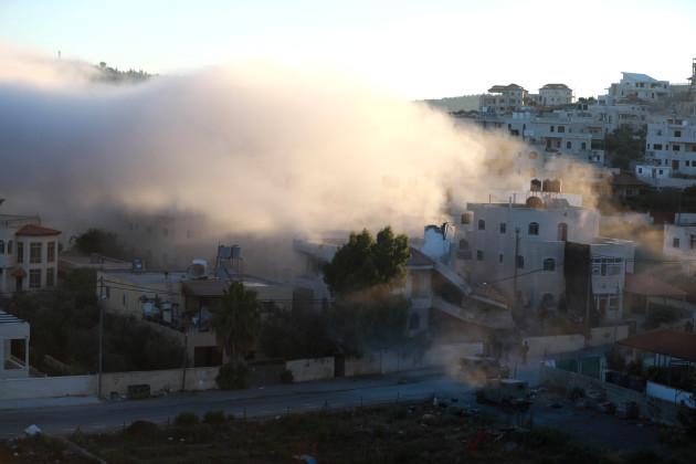 mideast-ramallah-demolished-house