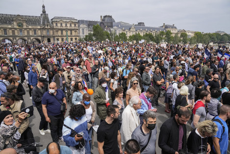 virus-outbreak-france-anti-vaccine-protests