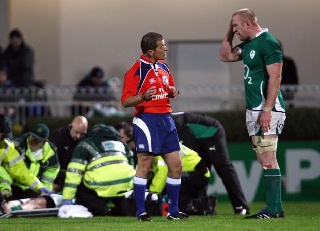 paul-oconnell-speaks-with-referee-marius-jonker