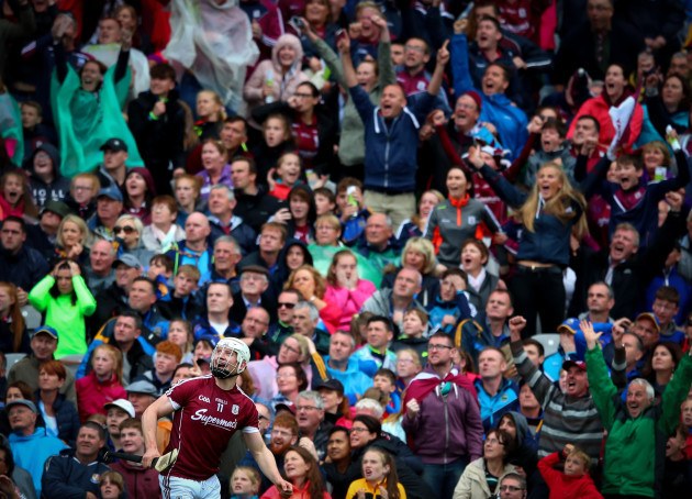 joe-canning-looks-on-as-his-late-point-wins-the-game
