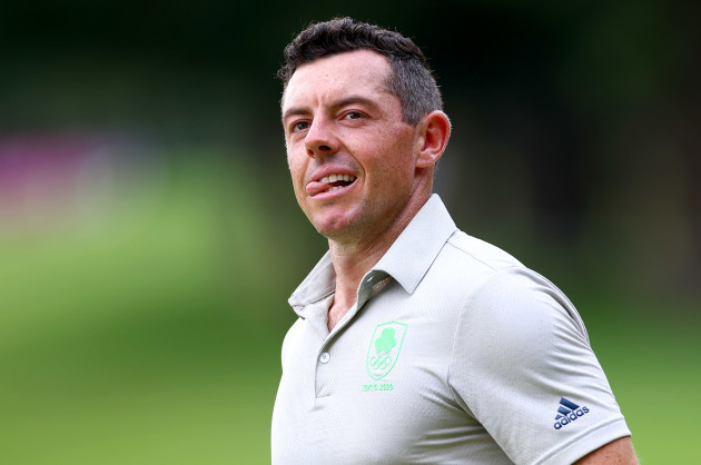 rory-mcilroy-reacts-after-a-missed-putt-on-the-14th