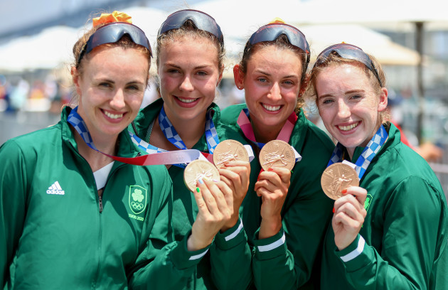 aifric-keogh-eimear-lambe-fiona-murtagh-and-emily-hegarty-celebrate-with-their-bronze-medals