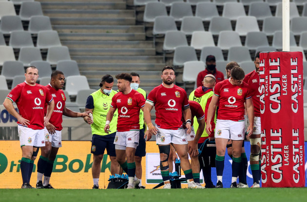 ken-owens-kyle-sinckler-ali-price-rory-sutherland-and-owen-farrell-dejected-under-the-posts-after-a-south-africa-try