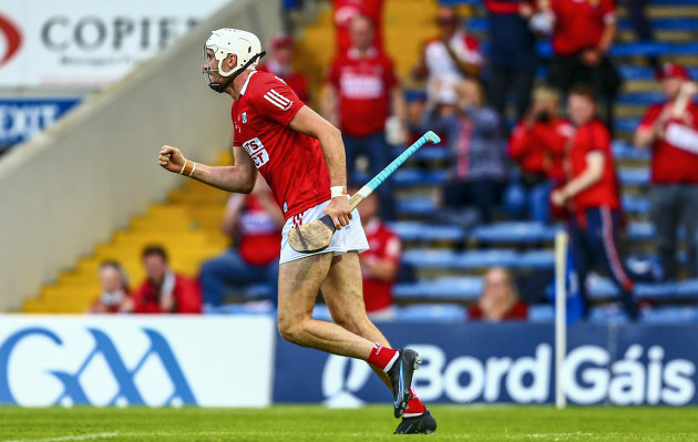 tim-omahony-scores-a-goal