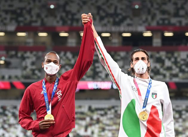 tokyo2020japan-tokyo-oly-athletics-mens-high-jump-awarding-ceremony