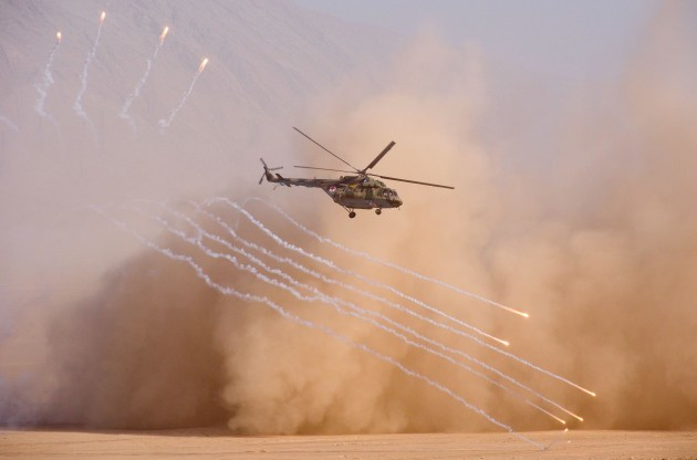 khatlon-region-tajikistan-10th-aug-2021-a-helicopter-is-seen-during-a-joint-military-exercise-by-russia-tajikistan-and-uzbekistan-on-the-harb-maidon-military-training-ground-at-20-km-from-the-bo