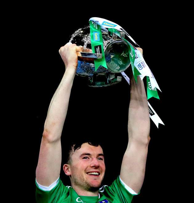 declan-hannon-lifts-the-liam-mccarthy-cup
