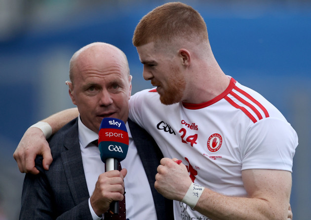 cathal-mcshane-celebrates-with-sky-sports-peter-canavan