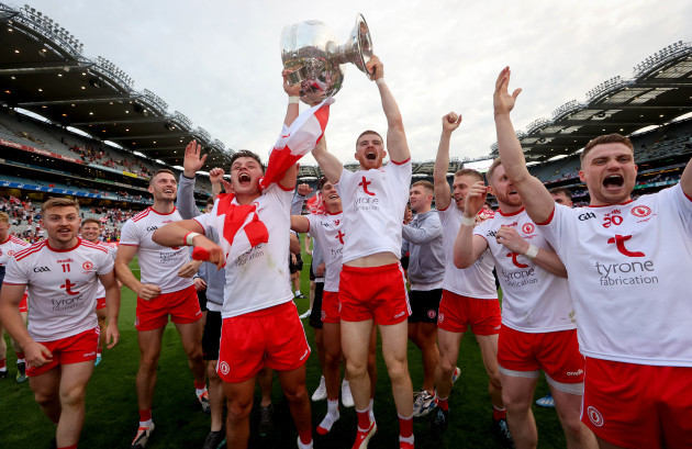 michael-mckernan-and-cathal-mcshane-celebrate-with-the-trophy
