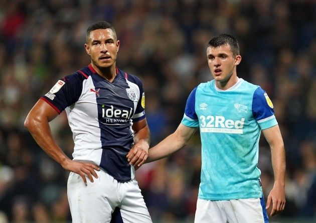 west-bromwich-albions-jake-livermore-left-and-derby-countys-jason-knight-during-the-sky-bet-championship-match-at-the-hawthorns-west-bromwich-picture-date-tuesday-september-14-2021