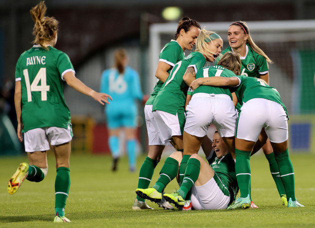 ireland-players-celebrate-with-goalscorer-lucy-quinn