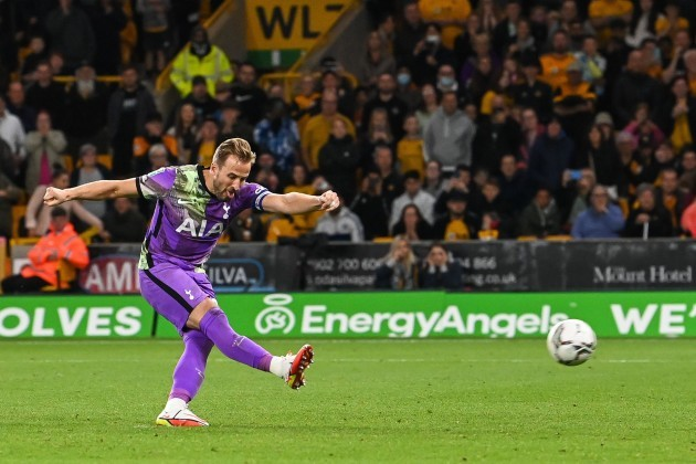 harry-kane-10-of-tottenham-hotspur-scores-the-first-of-his-sides-penalities-in-on-9222021-photo-by-craig-thomasnews-imagessipa-usa-credit-sipa-usaalamy-live-news