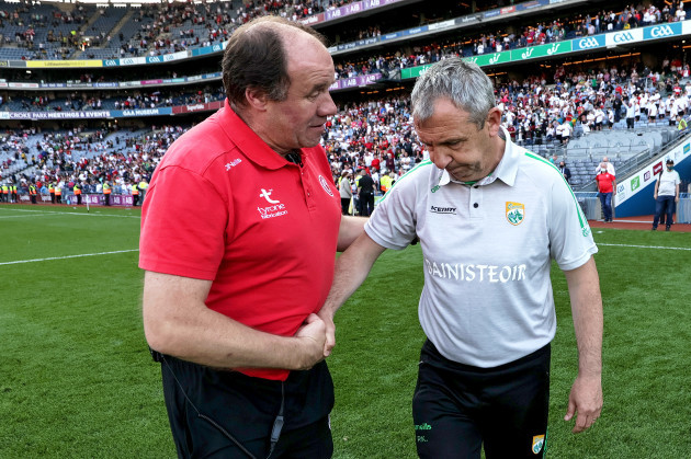 feargal-logan-shake-stands-with-peter-keane-after-the-game